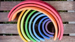 Montessori rainbow toy